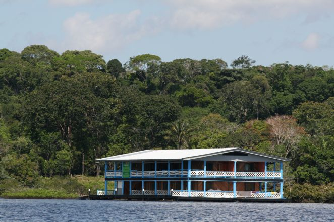 AMAZONAT RIVER LODGE