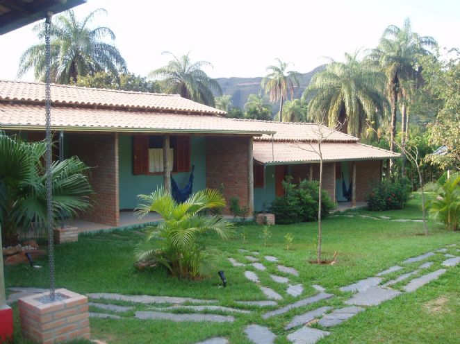 FACHADA LATERAL(suites 01 a 04)