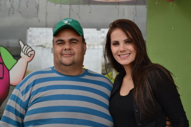 MISS PE 2011 COM O GORDO DA POUSADA DO GORDO!