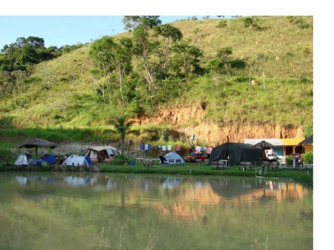 PESQUE PAGUE COM �REA P/ CAMPING.