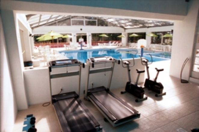 Piscina e Fitness Center