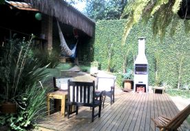 Lounge deck e churrasqueira