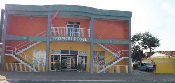 Frente do Tropical Hotel